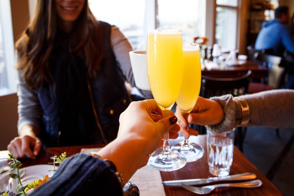 Beermosa brunch pony bottles